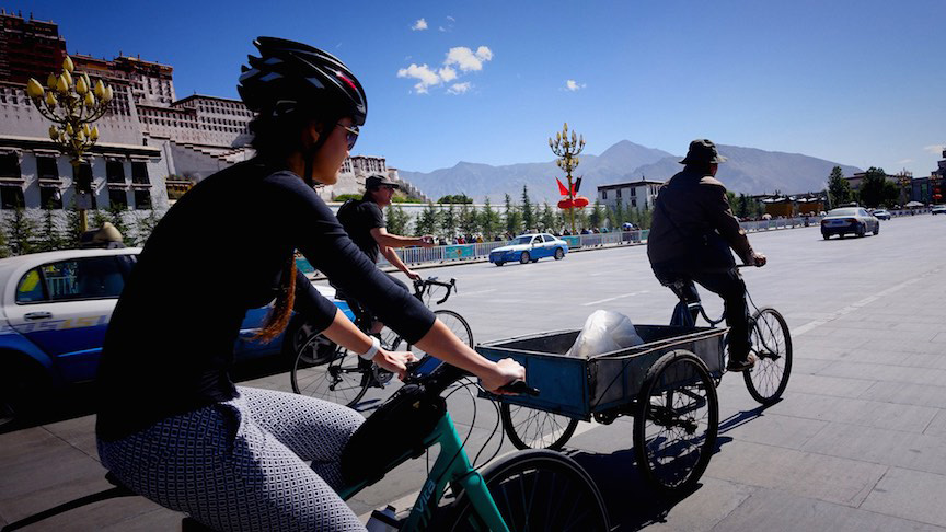 Taking it easy on the first day with a ride past Potala Palace