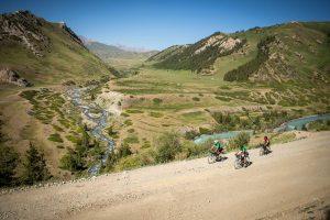 smallKyrgyzstan_CT_a11i0403